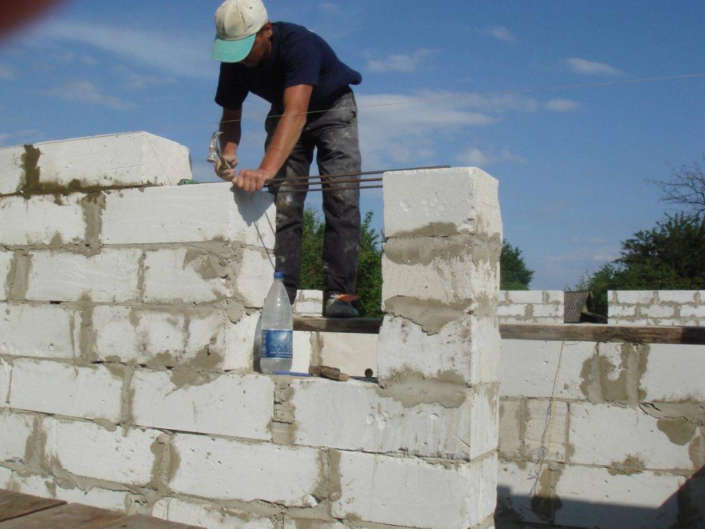 как кладут пеноблоки при строительстве
